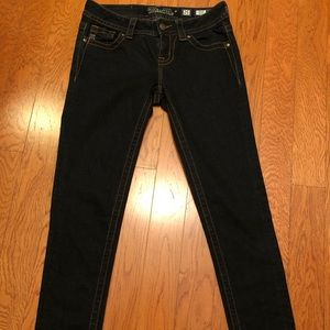 Miss Me Mid-Rise skinny jeans. Size 25 short
